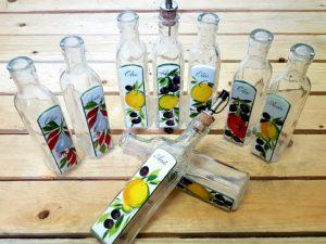 Sklenené fľašky na olej a ocot
