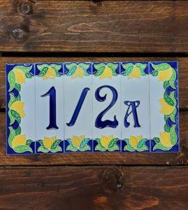 Talianske keramické čísla a písmena na dom