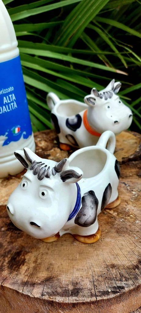 Džbán na mliečko z keramiky KRAVIČKA