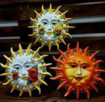 Keramické slnká na stenu