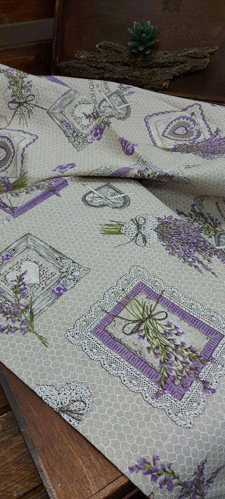 Bavlnené obrusy so vzorom LEVANDUĽA APE