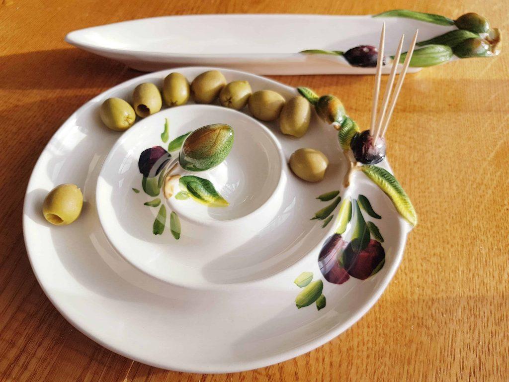Keramická miska v tvare slimáka na OLIVY